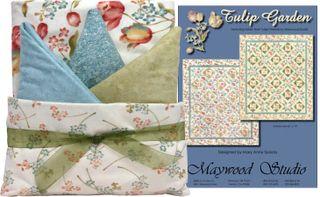 Tulip Garden Quilt Kit White